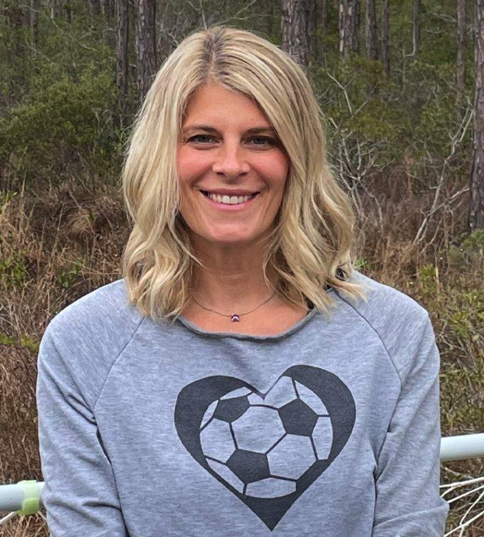 Manager Carla Nolen